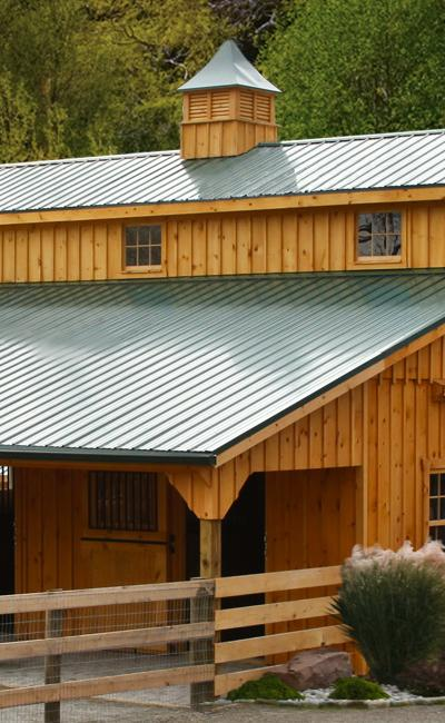 J&N Structures Monitor Horse Barn w/ 8' Overhang