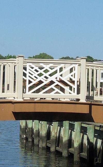 Smucker's Woodcrafts 22' Victorian Bridge with Bump out Benches