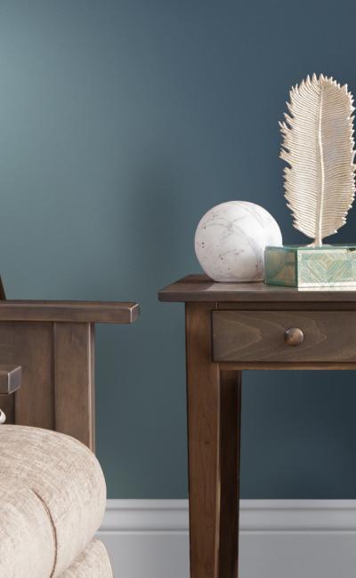 Elm Crest Furniture Shaker Living Room