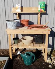 Smucker's Woodcraft Potting Bench
